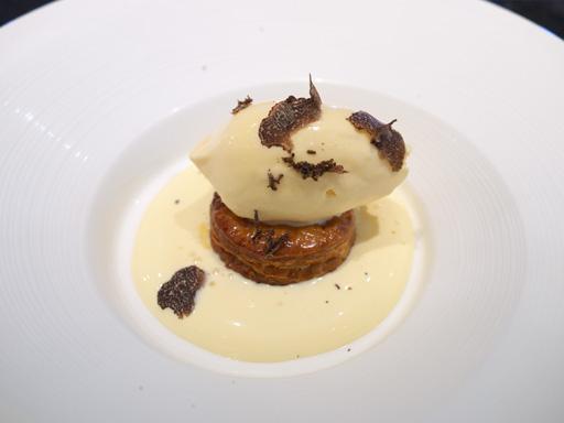 フランス産黒トリュフのアイスクリーム
