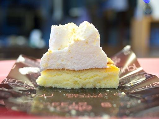 プラチナケーキチーズ(201004@ローソン)断面図