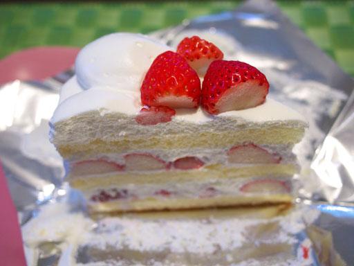 長野産なついちごのケーキ(201009@ハーブス)