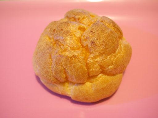 東京牛乳で作ったバニラミルクシュー(201009@セブンイレブン)