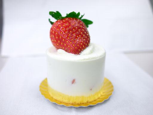 ご褒美いちごのショートケーキ(201012@カオリヒロネ)