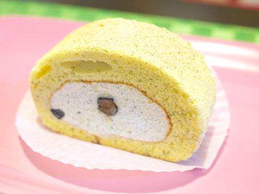 ロールケーキ(201102@はらロール)きなこも斜め上
