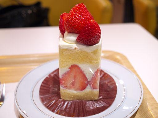 あまおうのショートケーキ(201103@アローツリー)