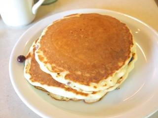 バターミルクパンケーキ(201106@カフェハレイワ)