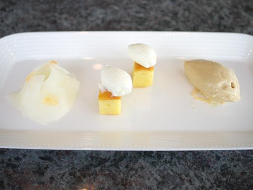 柚子とアーモンドでマリネした梨のサラダ(201110@チカリシャス ニューヨーク アマリージュ)