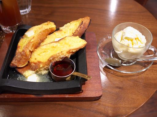 鉄板フレンチトースト(201111@恵比寿カフェ)