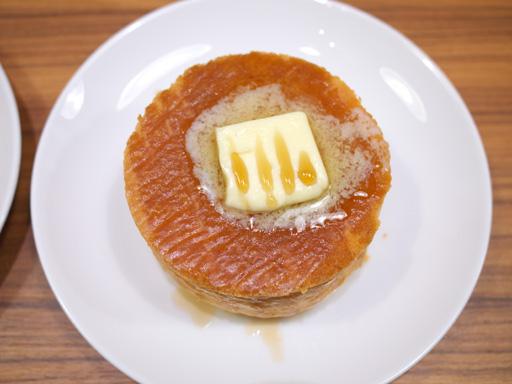 厚焼きホットケーキ(201204@MOSDO)メープル&バター上から