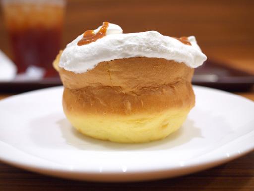 厚焼きホットケーキ(201204@MOSDO)キャラメル&アップル横から