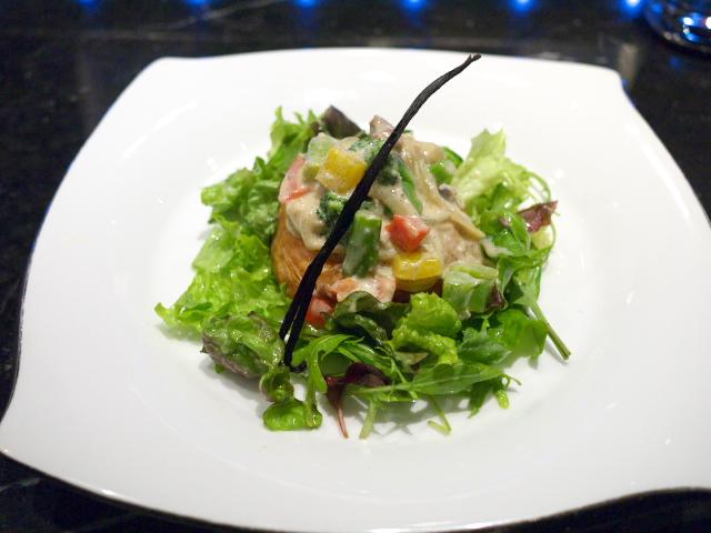 野菜と鶏肉のパイ タヒチ風Toshi流アレンジ