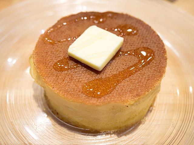 発酵バターのパンケーキ(20140604@雪ノ下)蜜柑蜂蜜かけてみた